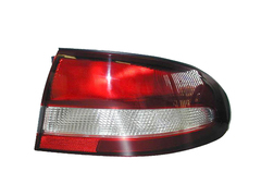 HOLDEN COMMODORE VT TAIL LIGHT RIGHT HAND SIDE
