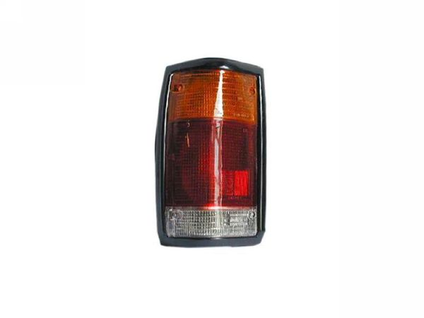 MAZDA B2200 TAIL LIGHT RIGHT HAND SIDE