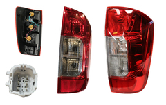 NISSAN NAVARA D23 TAIL LIGHT RIGHT HAND SIDE