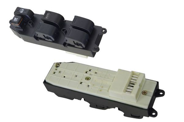 TOYOTA ECHO NCP10/NCP12 WINDOW SWITCH RIGHT HAND SIDE FRONT