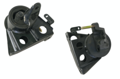 NISSAN X-TRAIL T30 ENGINE MOUNT RIGHT HAND SIDE