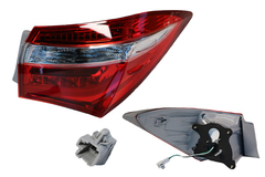 TOYOTA COROLLA ZRE172 TAIL LIGHT RIGHT HAND SIDE OUTER