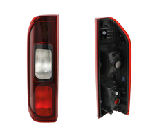 RENAULT TRAFIC X82 TAIL LIGHT LEFT HAND SIDE