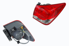 HOLDEN CRUZE JG/JH TAIL LIGHT RIGHT HAND SIDE OUTER