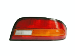 NISSAN BLUEBIRD U13 TAIL LIGHT RIGHT HAND SIDE