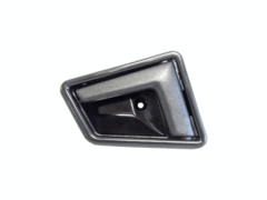 SUZUKI VITARA SE416 DOOR HANDLE LEFT HAND SIDE FRONT INNER