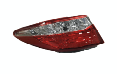 TOYOTA CAMRY ASV50 TAIL LIGHT LEFT HAND SIDE OUTER