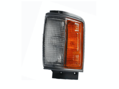 TOYOTA HILUX LN65 CORNER LIGHT LEFT HAND SIDE