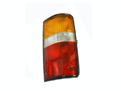 TOYOTA HILUX RN85/LN106 TAIL LIGHT RIGHT HAND SIDE