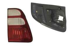TOYOTA LANDCRUISER 100 SERIES TAIL LIGHT LEFT HAND SIDE INNER