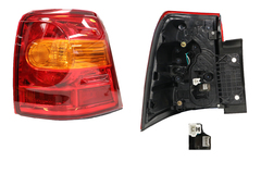 TOYOTA LANDCRUISER 200 SERIES TAIL LIGHT RIGHT HAND SIDE OUTER